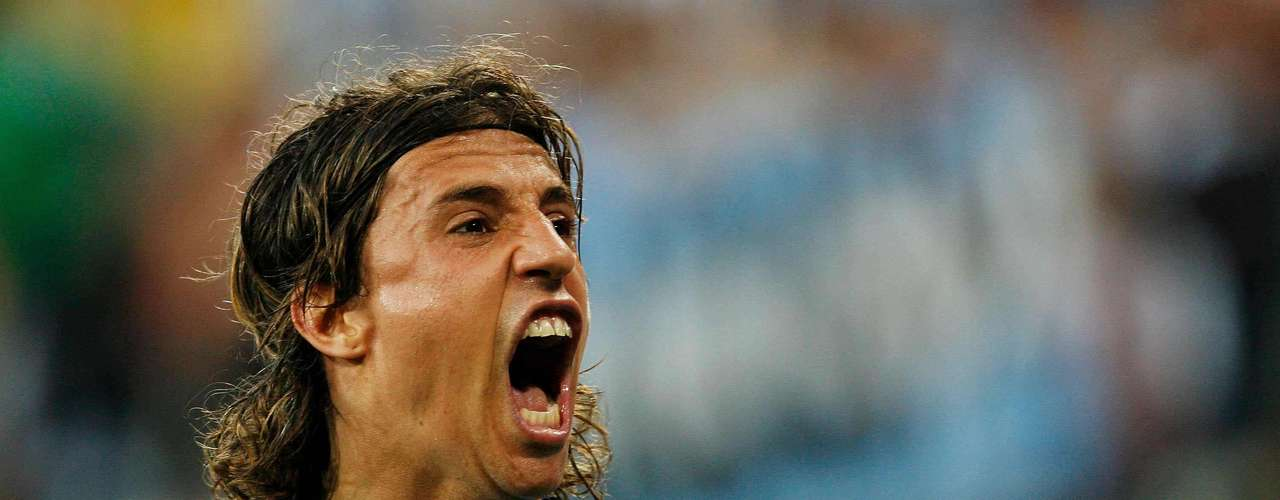 Hernán Crespo: With an average of more than a goal every two games, Crespo came in second on the all time list with 35 goals in 64 games.