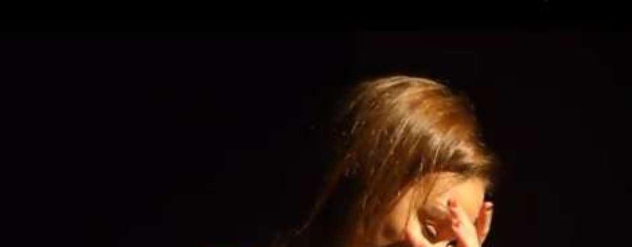 Chenoa no está pasando por un buen momento. O eso parece al escuchar la declaración que hizo en un concierto en Palma de Mallorca. La cantante aprovechó que se encontraba ante su público para confesar que había pasado por su cabeza dejar la música.