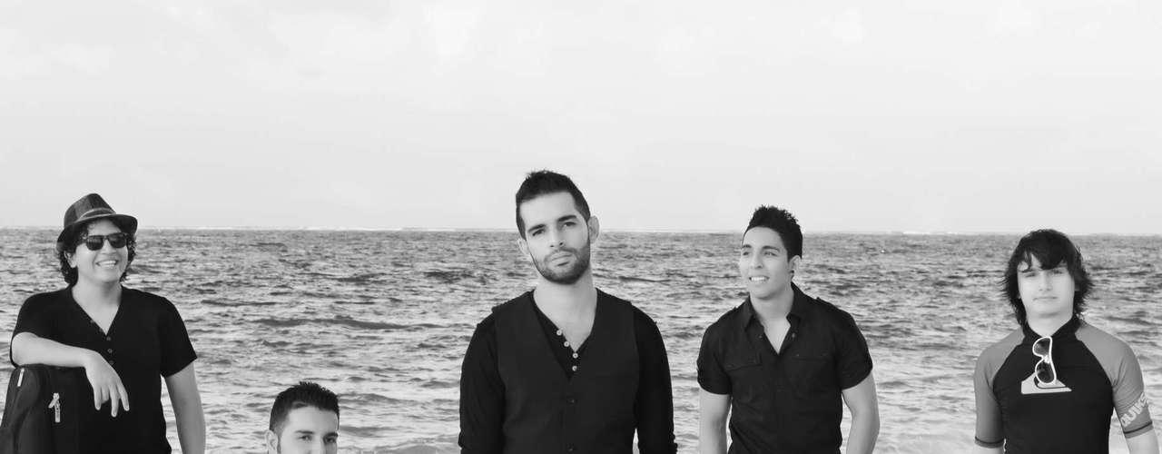 Alkilados. Desde Pereira, llega Alkilados al Jumbo Concierto Crossover,una banda con un sonido caribeño y urbano quepone a bailar en cada show a los asistentes de principio a fin. 'Respira' es su más reciente sencillo, la canción ha tenido tanto éxito que completa cinco semanas como número uno en el Top Latino en Colombia.Este 2013 será un año donde los jóvenes músicos llenarán al mundo de 'Pura Playa'.