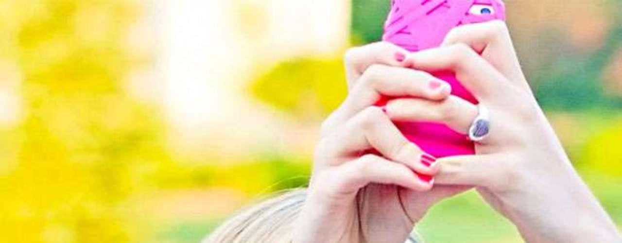 Solicitaban el anticonceptivo del sexo seguro virtual. Llegó entonces snapchat, una de las muchas apps que eliminan la información segundos después de ser enviada.