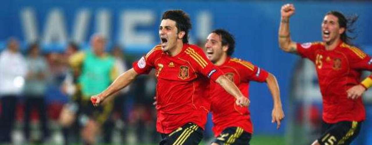 Villa celebra el pase a semifinales ante Italia.