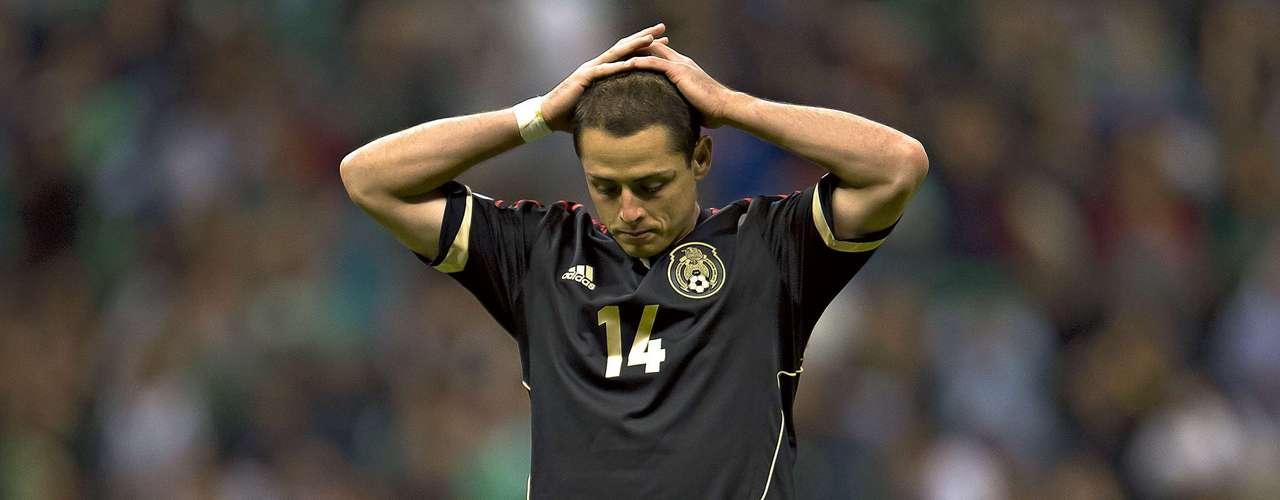 El gesto de decepción de 'Chicharito' lo dice todo: México sigue sin ganar en este hexagonal final y pone en peligro su paso a Brasil 2014.