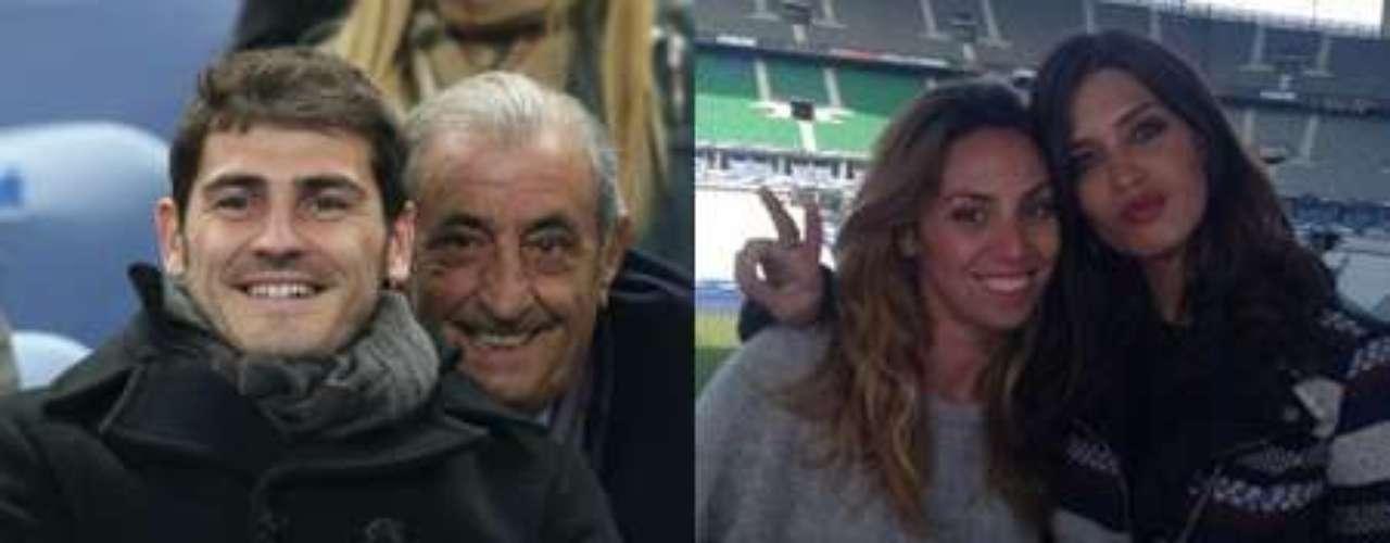 Sara Carbonero e Iker Casillas han coincidido en París, aunque el portero siguió el partido de España desde la grada y la periodista estuvo trabajando en la retransmisión que realizó Telecinco del partido ante Francia.