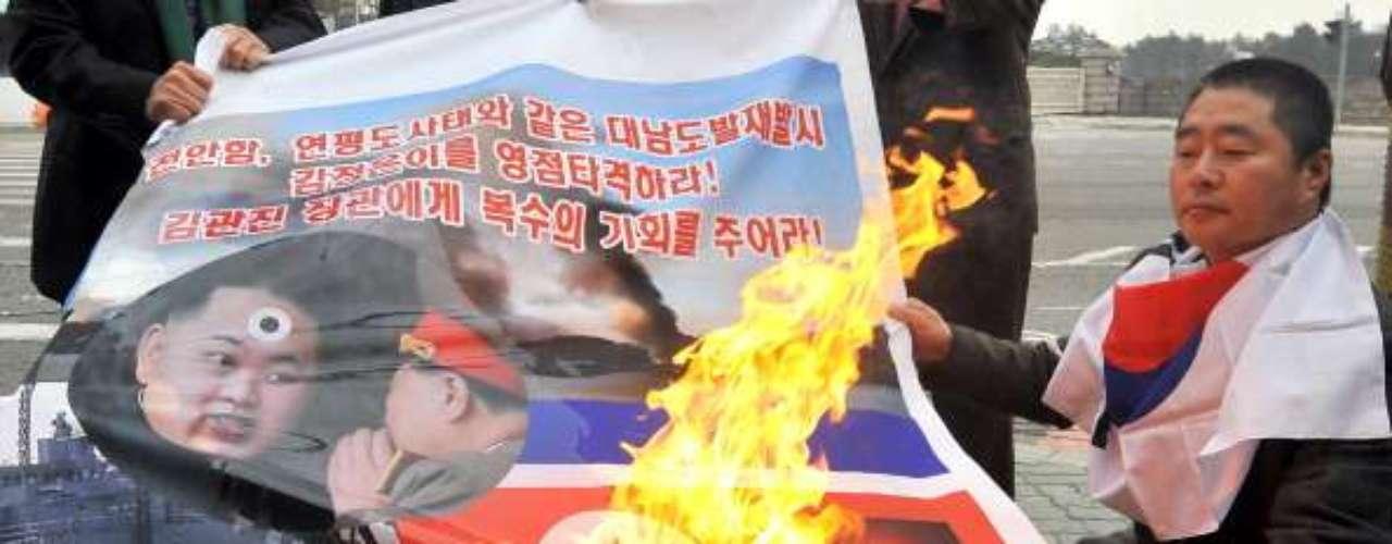 Frente a las decisiones del régimen de Kim Jong-un, centenares de coreanos salieron a las calles en ese país y otras ciudades de Asia, para protestar y exigir el cese a las amenazas que el líder de Corea del Norte ha hecho públicas para confrontar a Corea del Sur y Estados Unidos.
