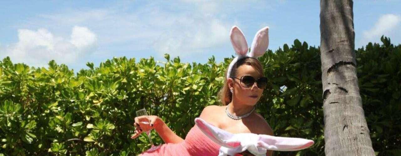 Mariah Carey celebra la pascua convertida en una sexy conejita.