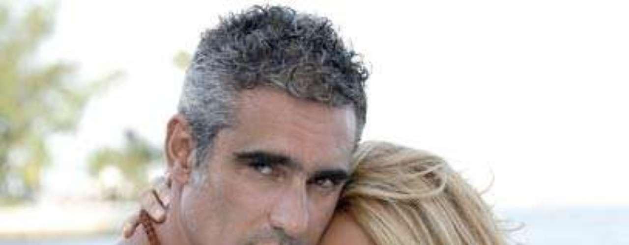 Catherine Siachoque y Miguel Varoni están casados desde el año 1999. La pareja se ha acompañado en los diferentes proyectos profesionales e incluso han actuado juntos en varias producciones.