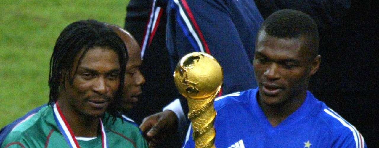 Francia es el otro bicampeón del torneo, el segundo título lo consiguió en el 2003 venciando en una apretada final a Camerún en el torneo disputado en su propio país y teniendo que recurrir al gol de oro para ganar al campeonato.