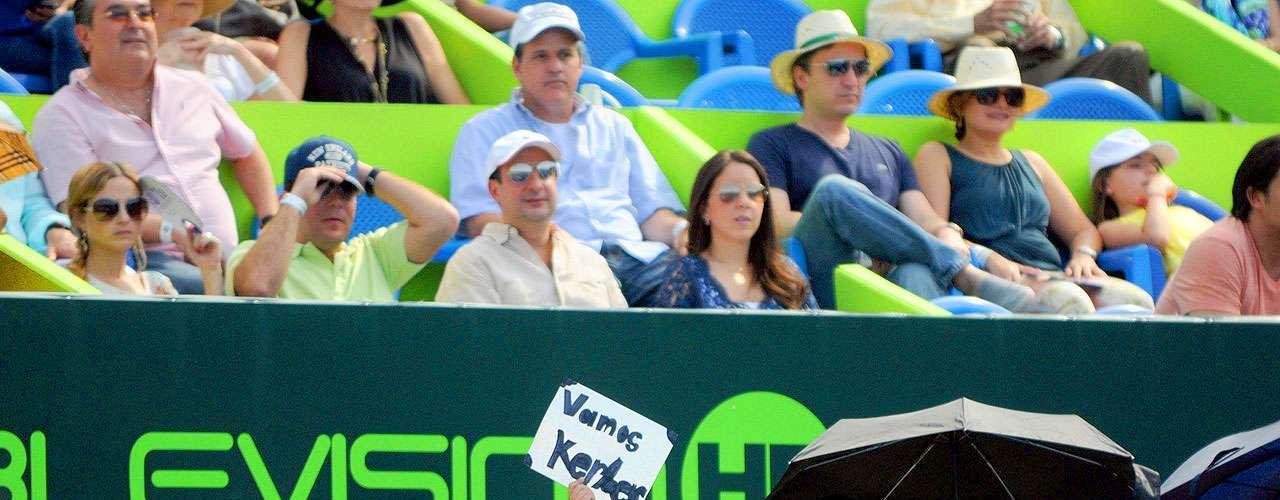 La rusa Anastasia Pavlyuchenkova logra su tercer título del Abierto de Monterrey al vencer 4-6, 6-2, 6-4 a la alemana Angelique Kerber en una cerrada final celebrada en la cancha central del Sierra Madre Tennis Club.