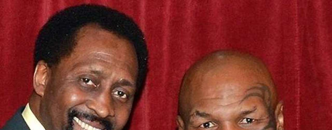 Fue un flashback en Motown cuando Mike Tyson y Tommy 'Hit Man' Hearns se cruzaron después del one-man show de Iron Mike.