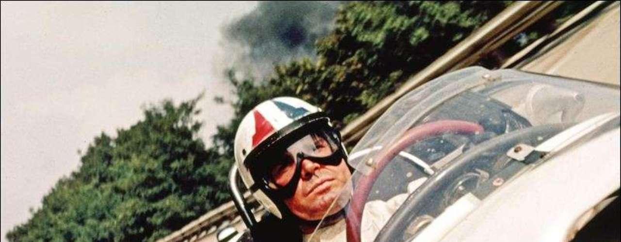 La película contiene impresionantes tomas de carreras de la vida real y en ella aparecen campeones de la Fórmula 1 como Juan Manuel Fangio, John Surtees, Jim Clark o Jack Brabham.