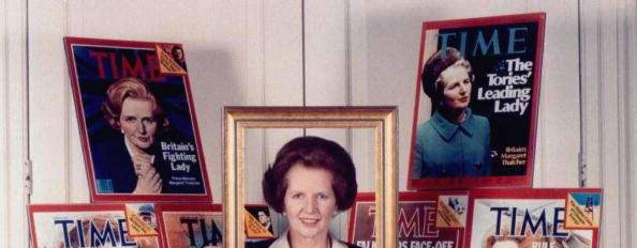 Su pelo se convirtió en todo un icono. En la imagen, rodeada de portadas de la revista Time con su imagen.