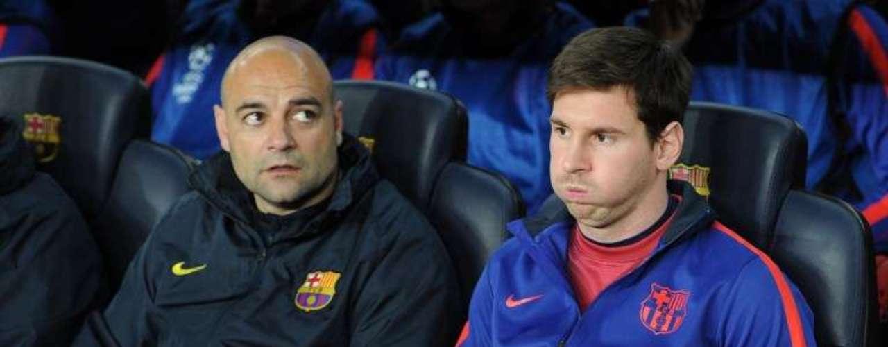 Messi no pudo jugar de inicio por la lesión sufrida en el partido de ida en París.