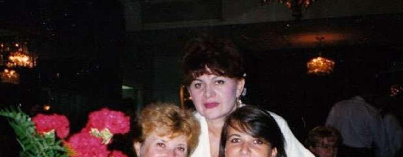 Cuando tenía apenas 19 años ya había perdido peso, pero todavía se veía muy femenina.
