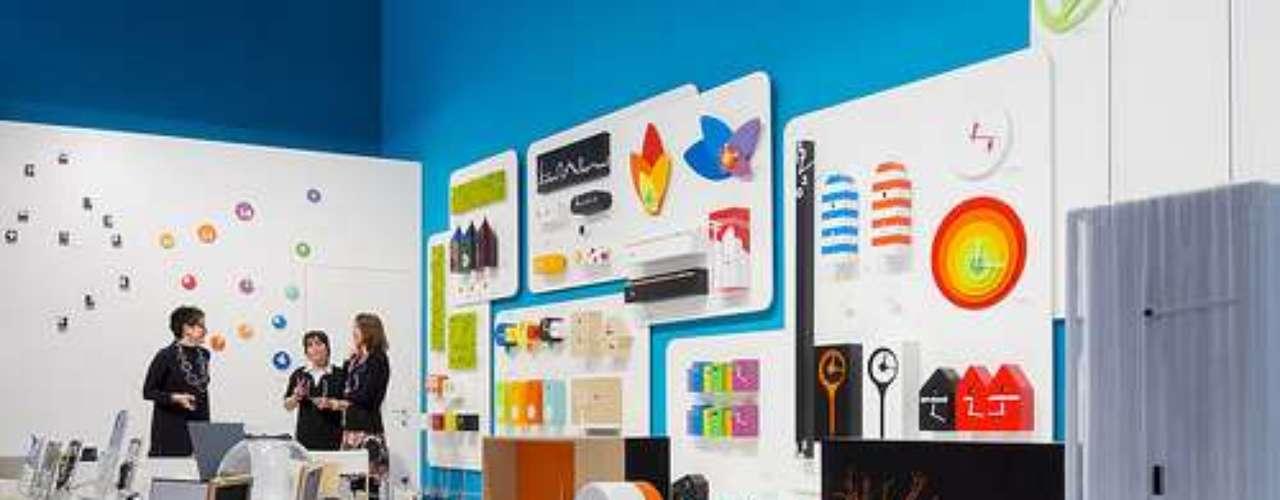 En los pabellones se exhiben soluciones de diseño para corporaciones, espacios públicos, oficinas y hogares. Éstas se enfocan en sistemas de iluminación sustentables, objetos decorativos, tecnologías de comunicación y soluciones de aislamiento de sonido.