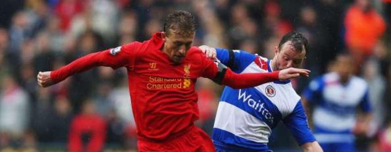 Liverpool controló el balón y fue mejor que el Reading, que no sale del sótano de la tabla.