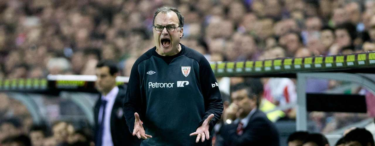 Marcelo Bielsa has a peculiar history, with the world well aware of his talents despite his current struggles at Athletic Bilbao, he has always been linked to the world's biggest clubs.