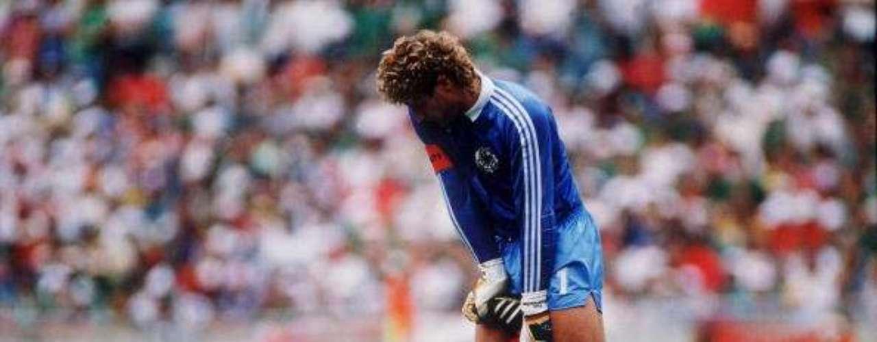 ¿QUIÉN ES EL JEFE? Se pensaba que sería capitán del Tri en México 86; sin embargo, los jugadores nombraron a Tomás Boy: \