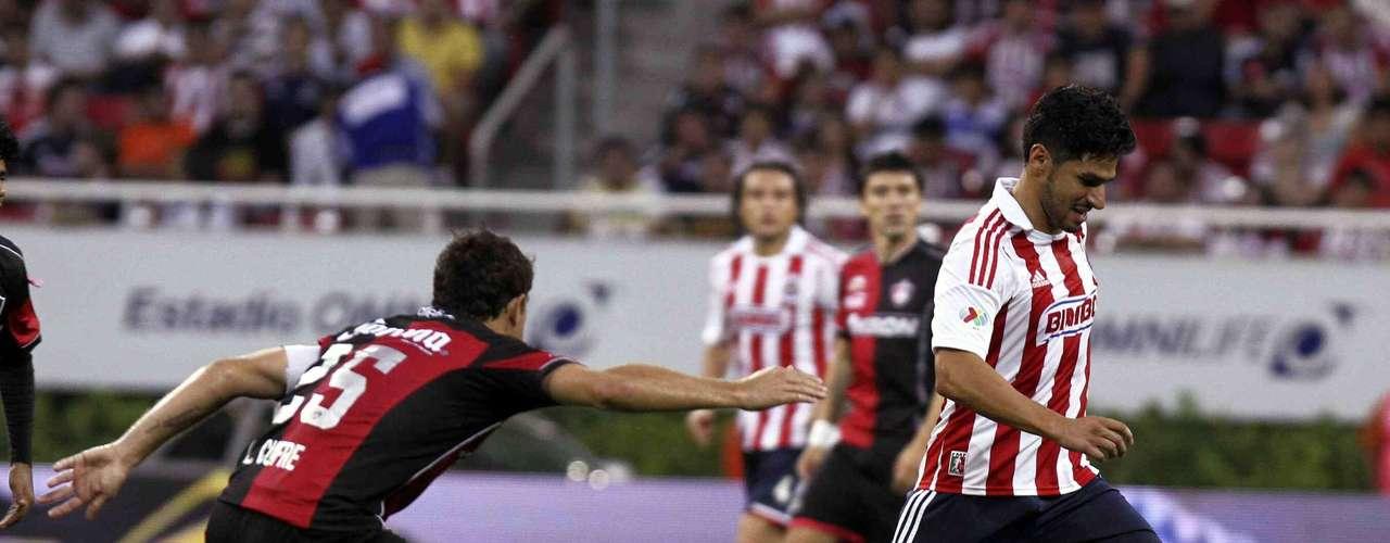 En el último clásico tapatío celebrado en el Apertura 2012, Chivas se impuso 2-0 al Atlas con goles de Rafael Márquez Lugo y Marco Fabián, para inclinar la balanza en su favor de los 10 duelos anteriores, con cuatro triunfos, por tres empates y tres derrotas.