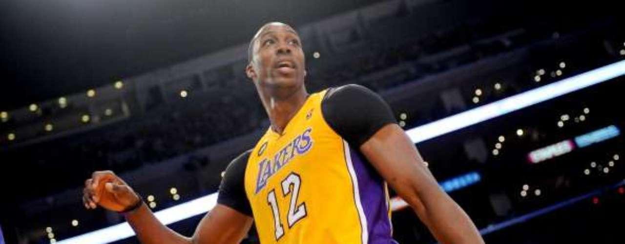 Es la hora de que Dwight Howard demuestre su valía en los Lakers