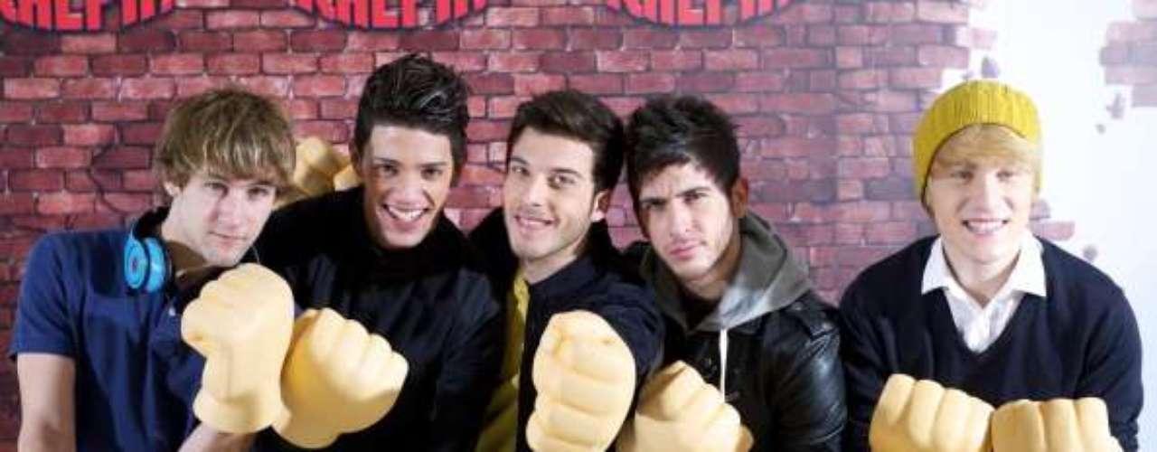 El sencillo 'All Time Low' lanzó al exito a 'The Wanted' convirtiéndose en número uno durante una semana.