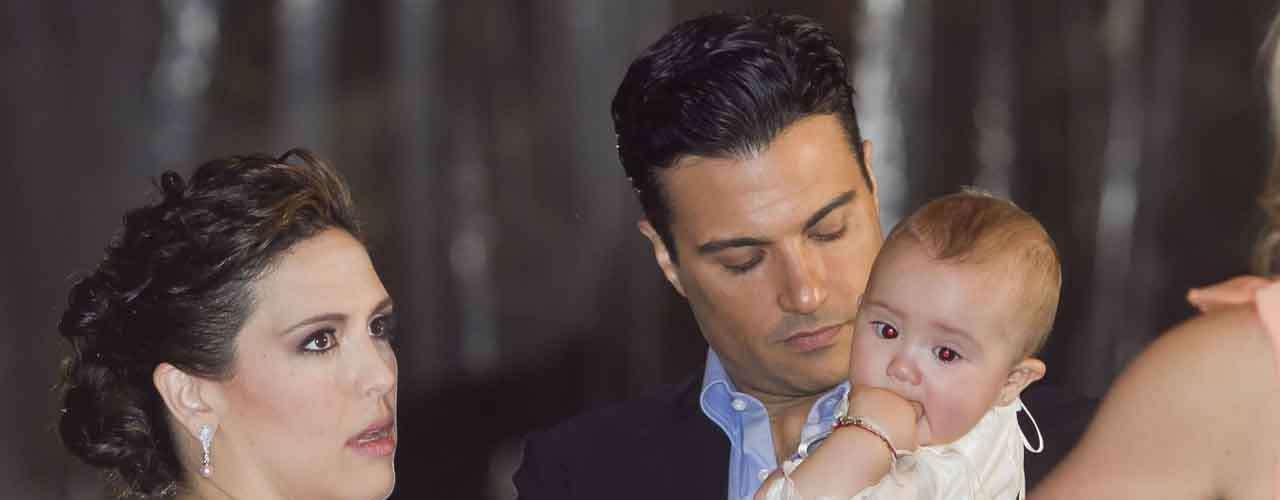 Jaime Camil se convirtió en compadre de Angélica al participar como padrino de la pequeña Masiel.