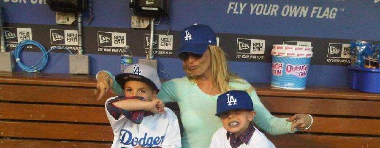 Britney Spears es una mamá muy consentidora y orgullosa de sus hijos a los cuales trata de hacer felices siempre que tiene la oportunidad