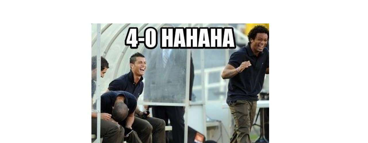Besides Cristiano Ronaldo, Brazilian left back Marcelo also laughs about Barcelona's result.