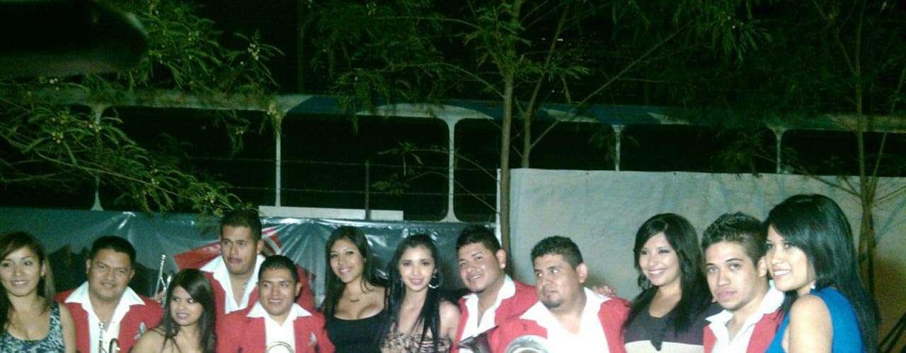 La Reyna de Monterrey obsequió su música a San Judas, el 18 de abirl, a manera de agradecimiento.