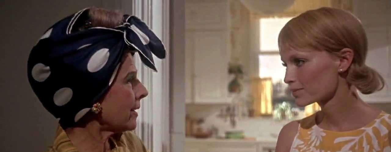 Otra madre capaz de hacer cualquier cosa por su retoño es la interpretada por Mia Farrow en 'La semilla del diablo' (1968), que no dudará en aceptar la dudosa- naturaleza de su hijo aun sabiendo las graves consecuencias que su decisión puede tener para el resto de la humanidad.