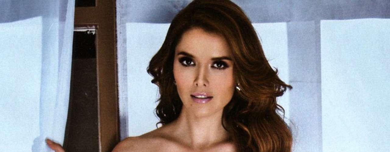 Marlene Favela demostró su audacia en la publicación. Es una de las bellezas latinas que más suspiros roba a los caballeros.