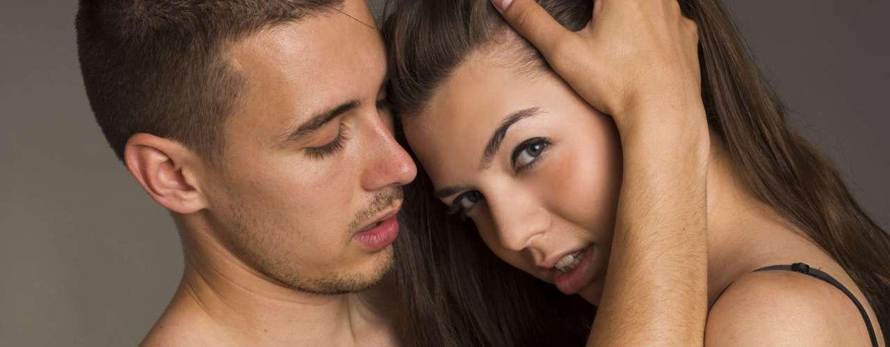 El hecho de no obtener el orgasmo rápidamente hace que tus terminales nerviosas estén más alerta y sientan más cuando llegue el momento.