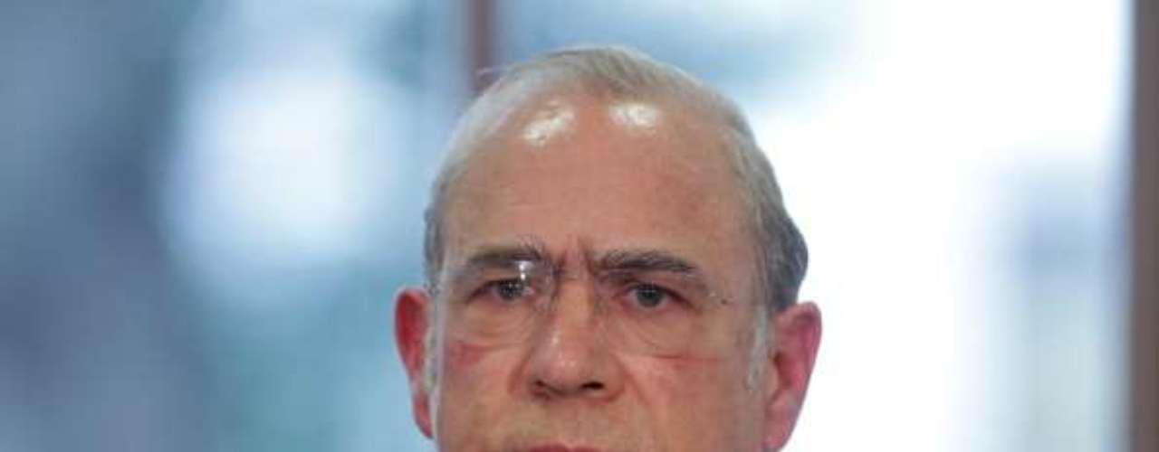 Por su poder político, también fue seleccionado el secretario general de la Organización para la Cooperación y el Desarrollo Económicos (OCDE), José Ángel Gurría, quien permanece en la lista que también conforman reconocidos políticos de todo el mundo.