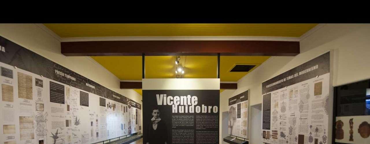 La primera sala merece larga estadía porque reconstruye la apasionante vida de Vicente Huidobro, el primer vanguardista de América