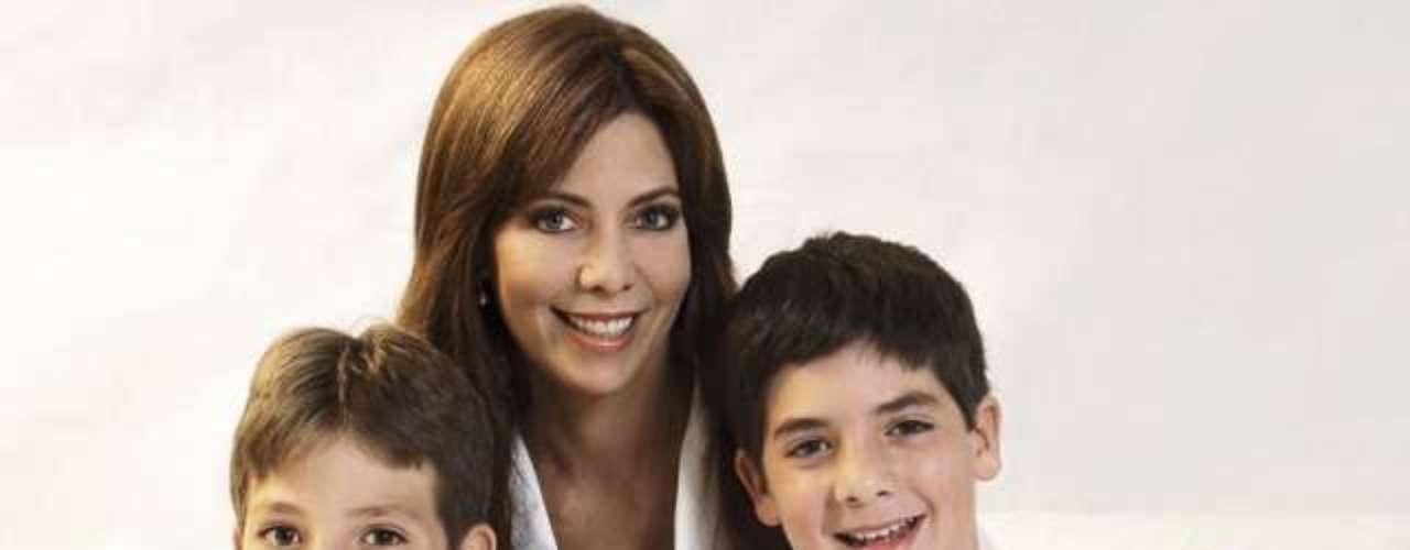 María Teresa Braschi. En el Día de la Madre mis hijos siempre se las ingenian para sorprenderme y tenerme algo lindo, pero me gusta porque se muestran más cariñosos, dijo la Maritere a un medio local.