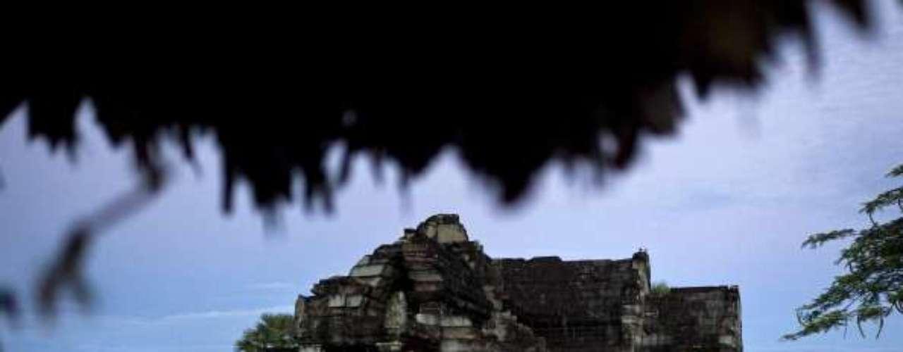 Cuando el clima es seco y las temperaturas son más frescas (25-30 C). Usted puede explorar Camboya en Geckos Adventures tour.