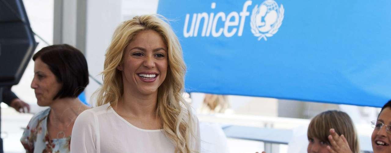 Por su labor humanitaria, Shakira fue nombrada embajadora de buena voluntad de la UNICEF.