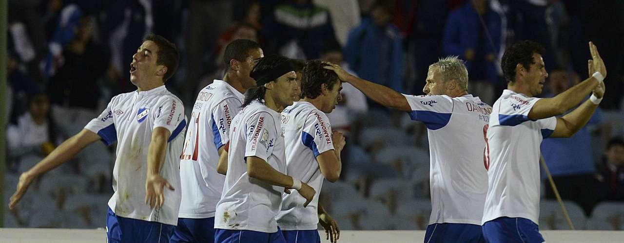 Nacional consiguió el empate en el global por medio de un remate de cabeza de Bueno.