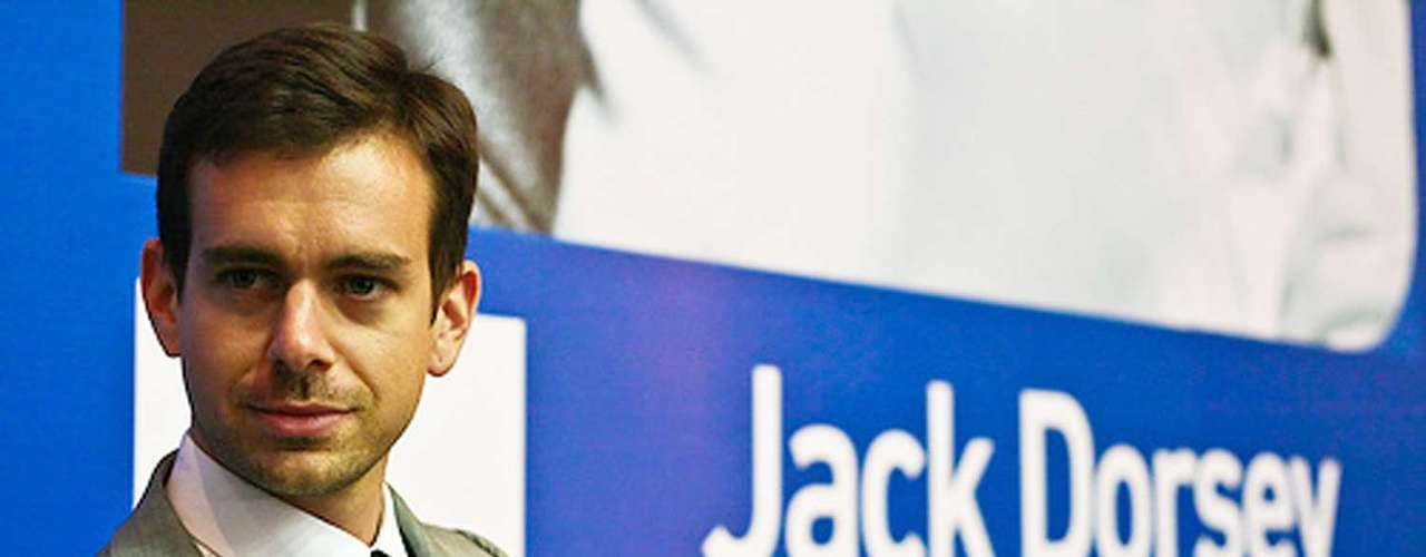 2006. Lanzamiento de Twitter. Jack Dorsey puso en marcha una red de microblogging que ahora ya tiene más de 500 millones de usuarios registrados.