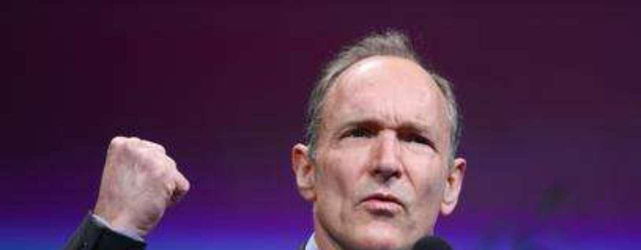 1991. Tim Berners-Lee inventa la World Wide Web (WWW). Combinó dos tecnologías ya existentes (el hipertexto y el protocolo de comunicaciones de Internet), creando un nuevo modelo de acceso a la información en las tres W.