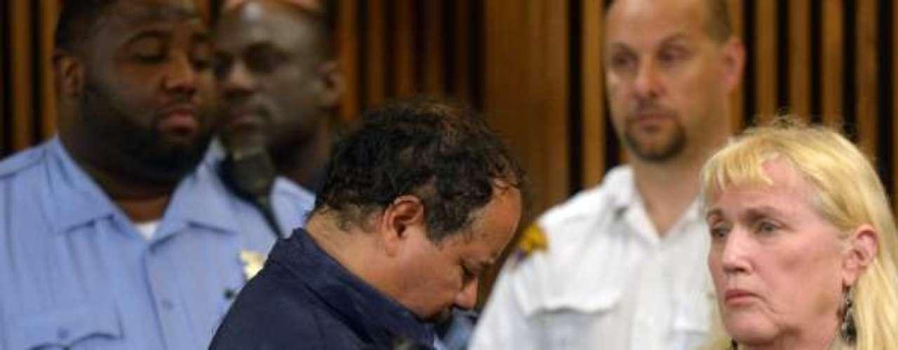 Onil también lamentó que, antes de destaparse el presunto secuestro y violación de las mujeres, \