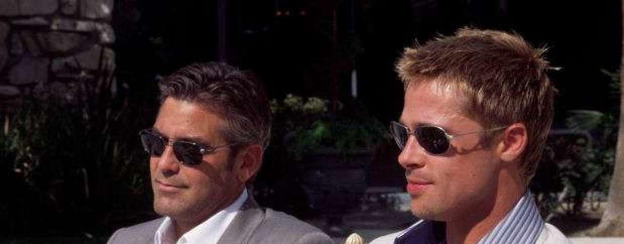 Brad Pitt. A principios de los 2000, Pitt estelarizó un remake de los años sesenta junto a otros actores como George Clooney, Matt Damon, Don Cheadle, Andy García y Julia Roberts. Más allá del momento por el que pasaba, Pitt solo cobró 10 millones por su participación, debido a que era una cinta que quería hacer al lado de sus amigos.