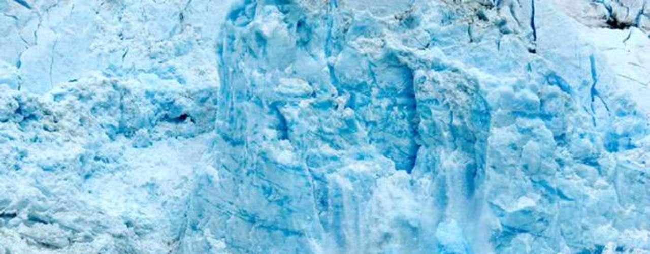 Pero la desaparición de los glaciares no es inofensiva, por el contrario el derretimiento de éstos en los Andes australes, los Himalayas y Alaska contribuyen al aumento del nivel de los mares, de acuerdo a un estudio de la revista Science.