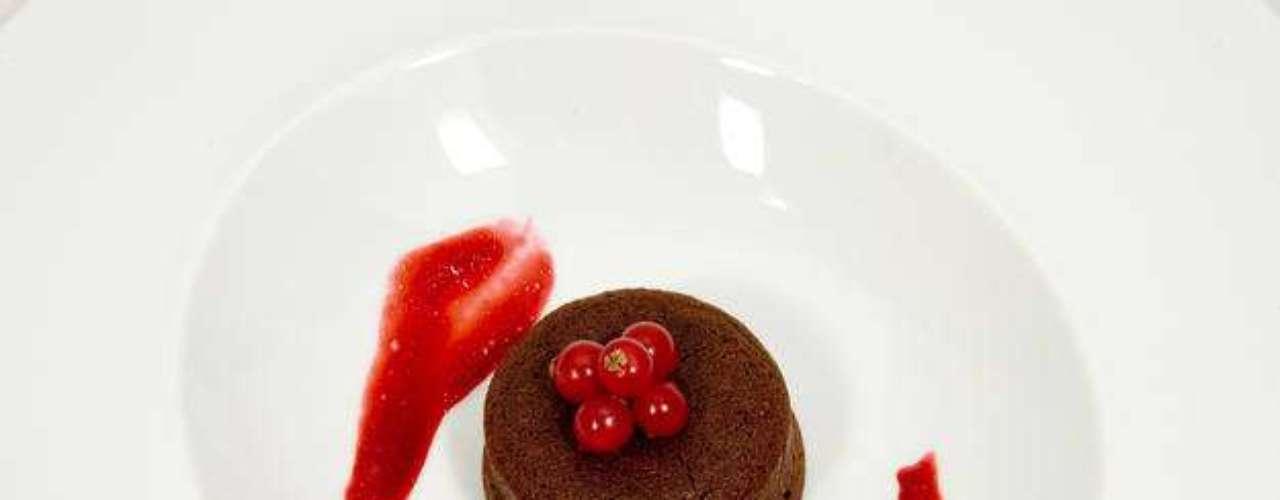 Pastel de chocolate el vino tinto. Elaborado por Clara.