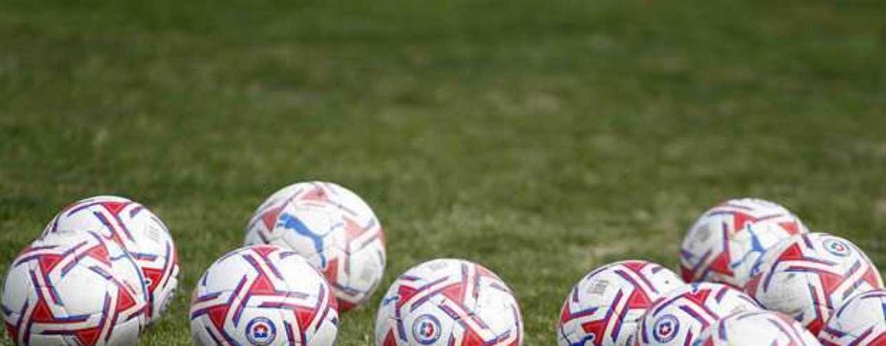 Los cuatro equipos con más títulos del fútbol chileno jugarán por primera vez en el mismo torneo internacional.