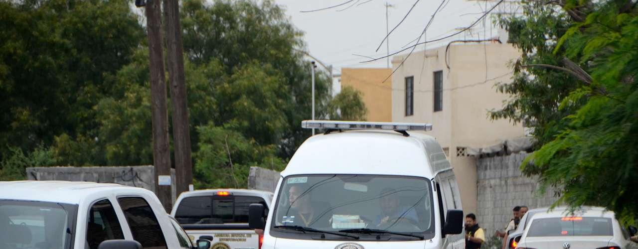 Los hechos fueron reportados por vecinos del sector alrededor de las 06:30 horas, luego que escucharon gritos y un disparo en la acera de la calle Puerto Natales, entre Puerto del Grano y Puerto Ferrol, de la citada colonia.