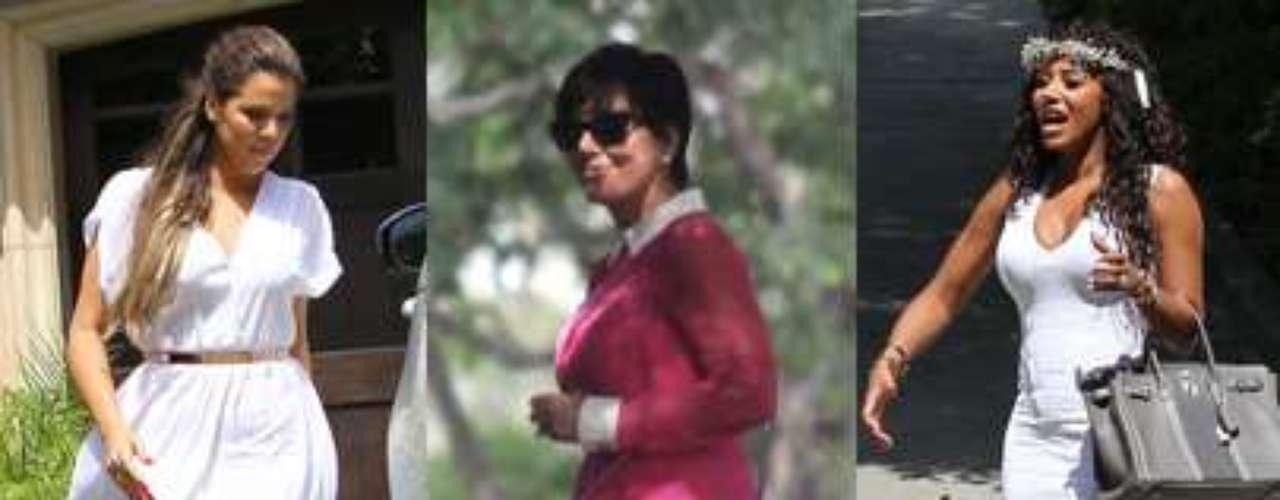 """Tras la celebración de su ansiada 'baby shower' en Los Ángeles,Kim Kardashian ha dado a conocer el sexo de su bebé en el primer capítulo de la octava temporada del reality show que protagoniza 'Keeping up with theKardashians'. """"Será una niña. Es lo que siempre ha deseado Kanye"""", gritaba la estrella televisiva embriagada por la emoción."""