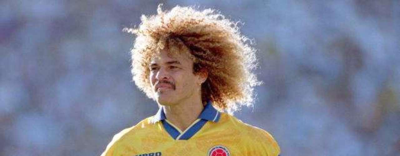 14. Su paso por la selección Colombia: Fue internacional con la Selección Colombia en 111 ocasiones (10 en mundiales, 30 en eliminatorias sudamericanas mundialistas, 27 en Copa América y 44 amistosos) y marcó 11 goles con la Selección: 1 en el Mundial Italia 1990 a Emiratos Árabes Unidos el 9 de junio de 1990 en Bolonia; 3 en eliminatorias sudamericanas mundialistas, todos en la Eliminatoria al Mundial Francia 1998; 2 en Copa América y 5 en amistosos. Su despedida simbólica de la selección fue en el partido de la primera ronda del Mundial de Francia 1998 ante Inglaterra, cuando intercambió su camiseta con David Beckham.