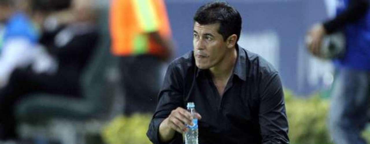 Jorge Francisco Almirón sustituye a Antonio Mohamed en el banquillo de los Xolos