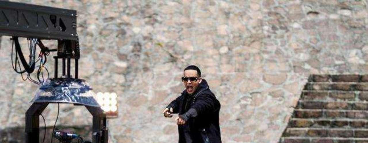 Daddy Yankee pelea con \