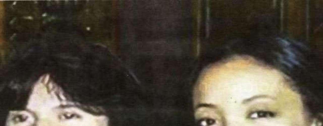 Houria Noumi y Cassandre Bouvier, fueron asesinadas en la afueras de la ciudad de Salta. Su caso, ocurrido el 29 de julio de 2011, fue más conocido como el caso de las turistas francesas. Tres hombres están procesados y hay otros cuatro que habrían sido encubridores. Uno de los sospechosos también sería reincidente en abusos sexuales.